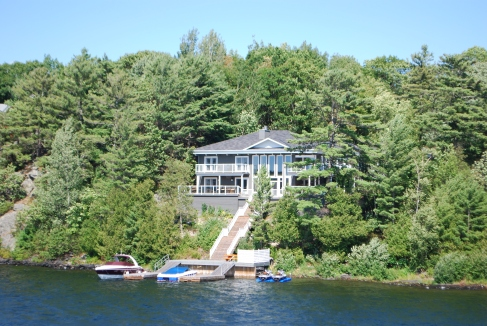 Canadian cottage